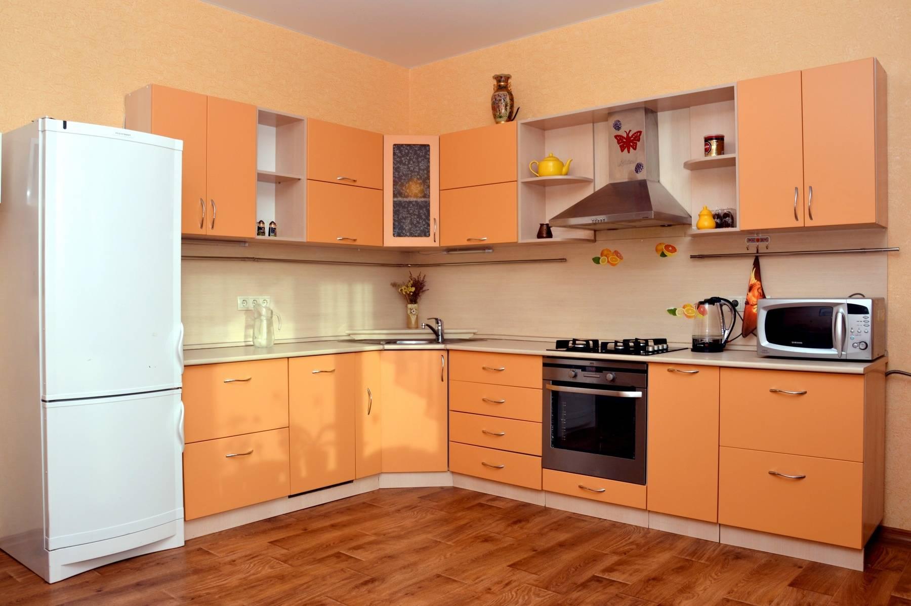 Персиковая кухня: 100+ реальных фото примеров
