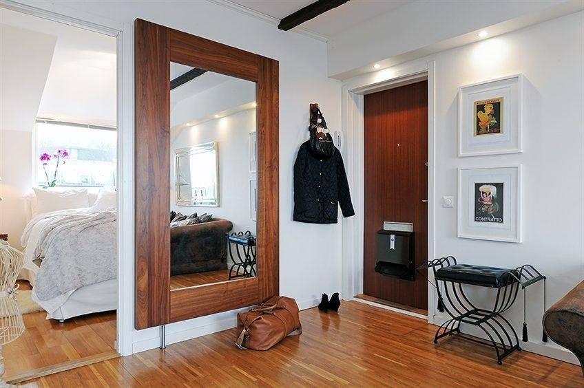 Большие зеркала в прихожей (40 фото): дизайн настенных моделей для коридора, красивые варианты с подсветкой на стену
