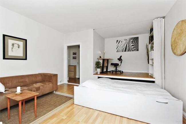 Спальня-гостиная (112 фото): варианты дизайна интерьера одной комнаты. выбор модульной мебели и обоев, планировка и проекты
