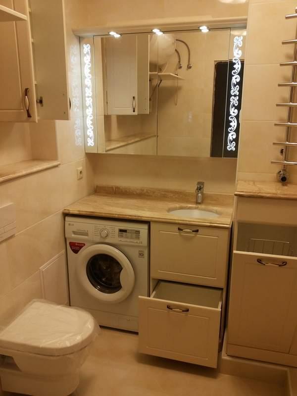 Маленькая ванная комната с душевой кабиной и стиральной машиной: планировка и дизайн совмещенного санузла в хрущевке, фото