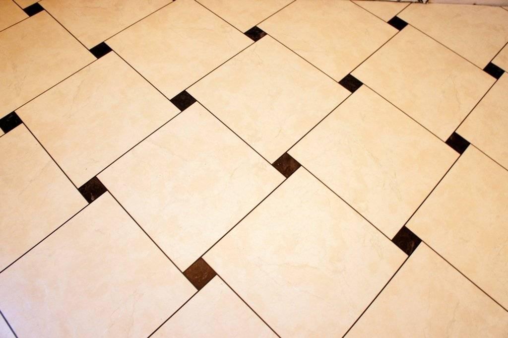 Раскладка плитки в ванной: последовательность работ, инструкция, варианты раскладки