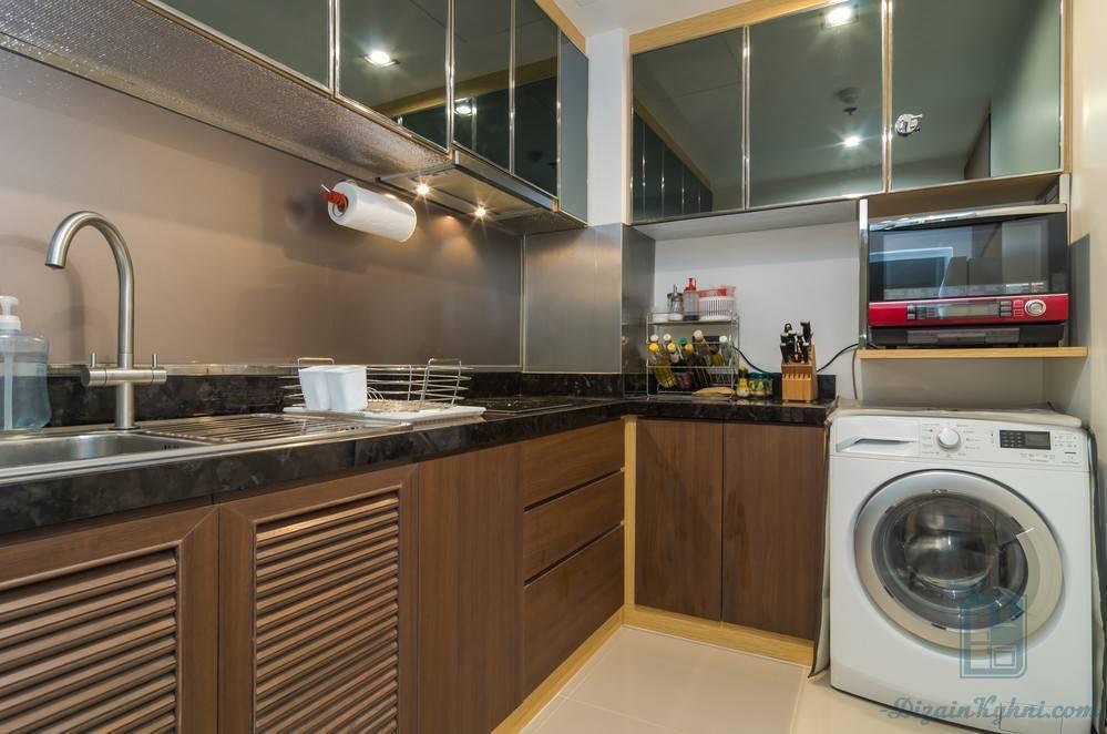 Угловые кухни с окном: как грамотно спроектировать и красиво оформить?