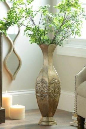 Разновидности напольных ваз для интерьера и чем их можно наполнить