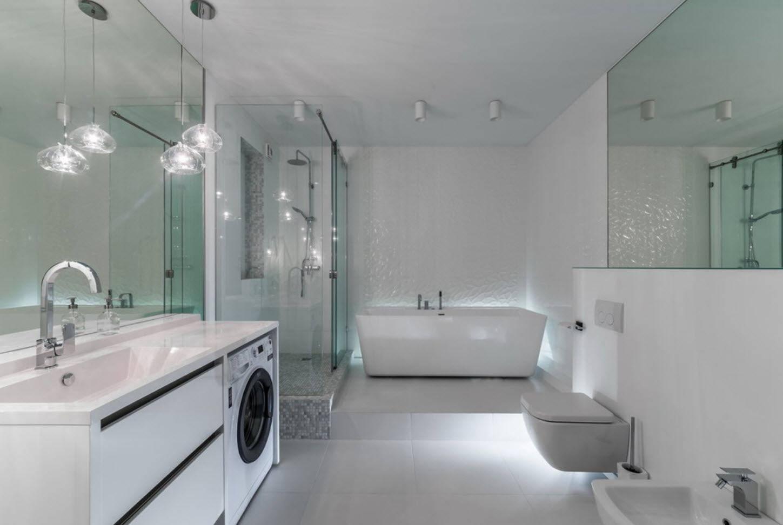 Ванная комната 4 кв. метра (90 фото): как разместить ванну со стиральной машиной, варианты ремонта совмещенного с туалетом санузла, идеи современного интерьера