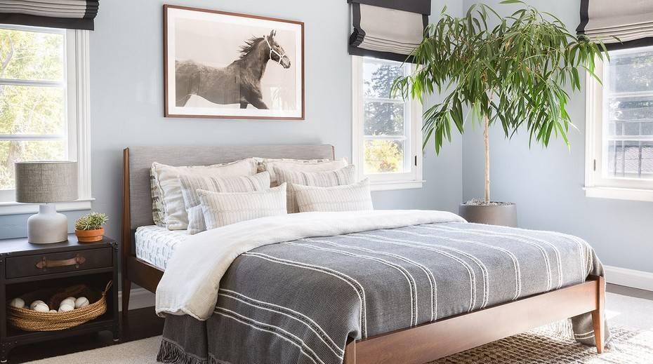 Окно в спальне: примеры расположения и рекомендации по применению
